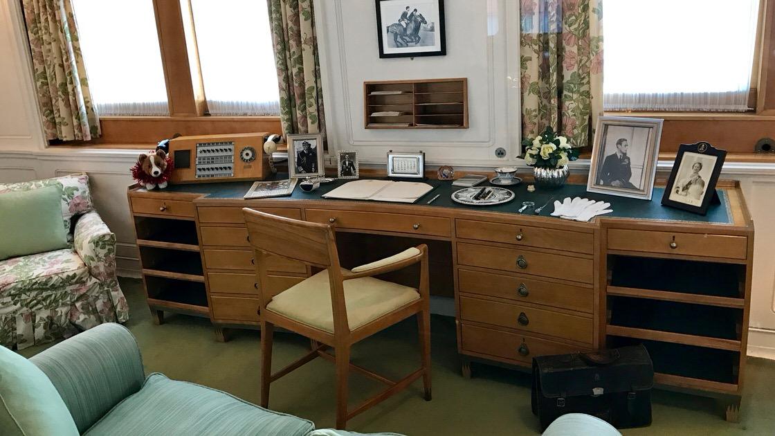 Biuro królowej Elżbiety II na jachcie Britannia. Foto: T. Bobrowski