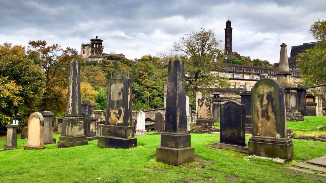 Calton Hill w Edynburgu: Old Calton Burial Ground. Foto: T. Bobrowski