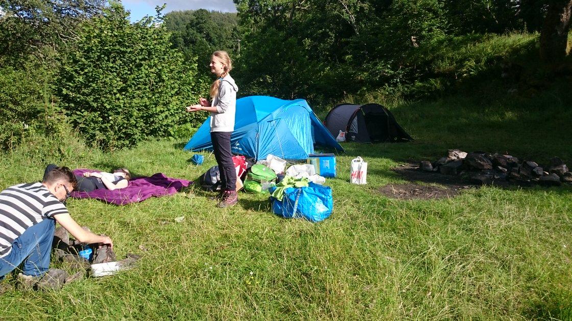 Spanie pod namiotem w Szkocji: biwak Loch Tay. Foto: M. Błażejczak