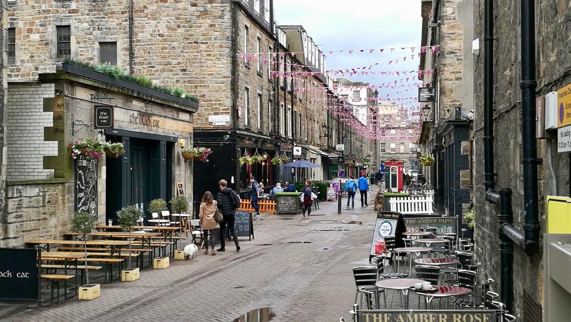 Rose Street, Nowe Miasto w Edynburgu. Foto: M. Błażejczak