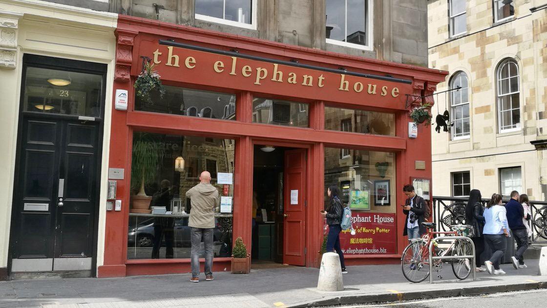 The Elephant House - kawiarnia, w której J. K. Rowling miała rozpocząć pisanie Harrego Pottera. Foto: M. Błażejczak