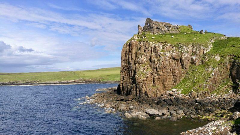 Ruiny zamku Duntulum, Isle of Skye. Foto: M. Błażejczak